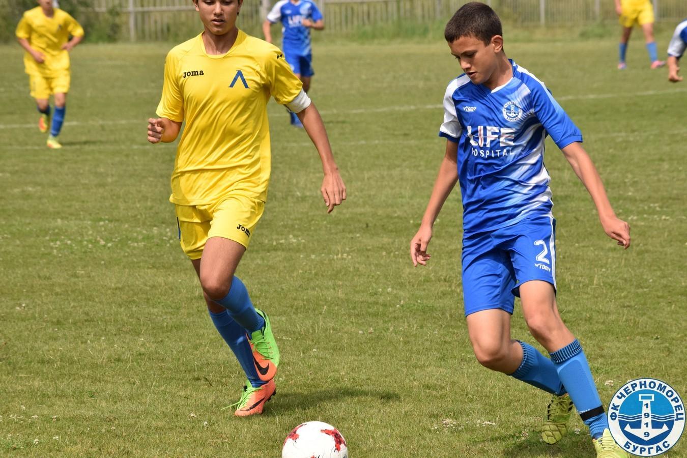 Черноморец U15 изпусна Левски U15 в 1/8-финал от Републиканското